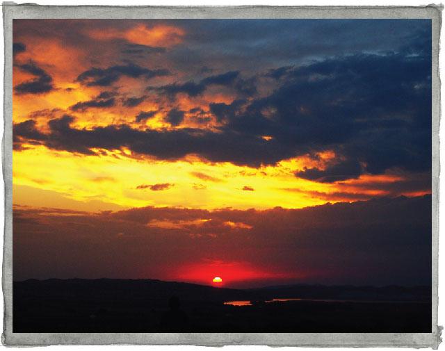 Sunset at Suryalila yoga retreat centre